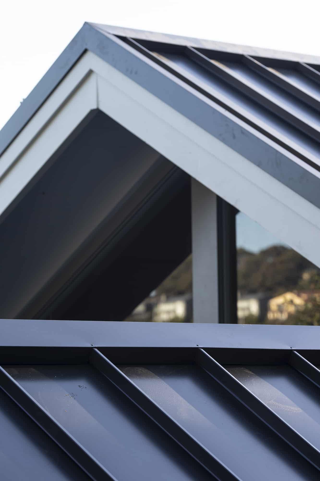 Snap-Line 45 Roofing - Architectural Panels - Gable
