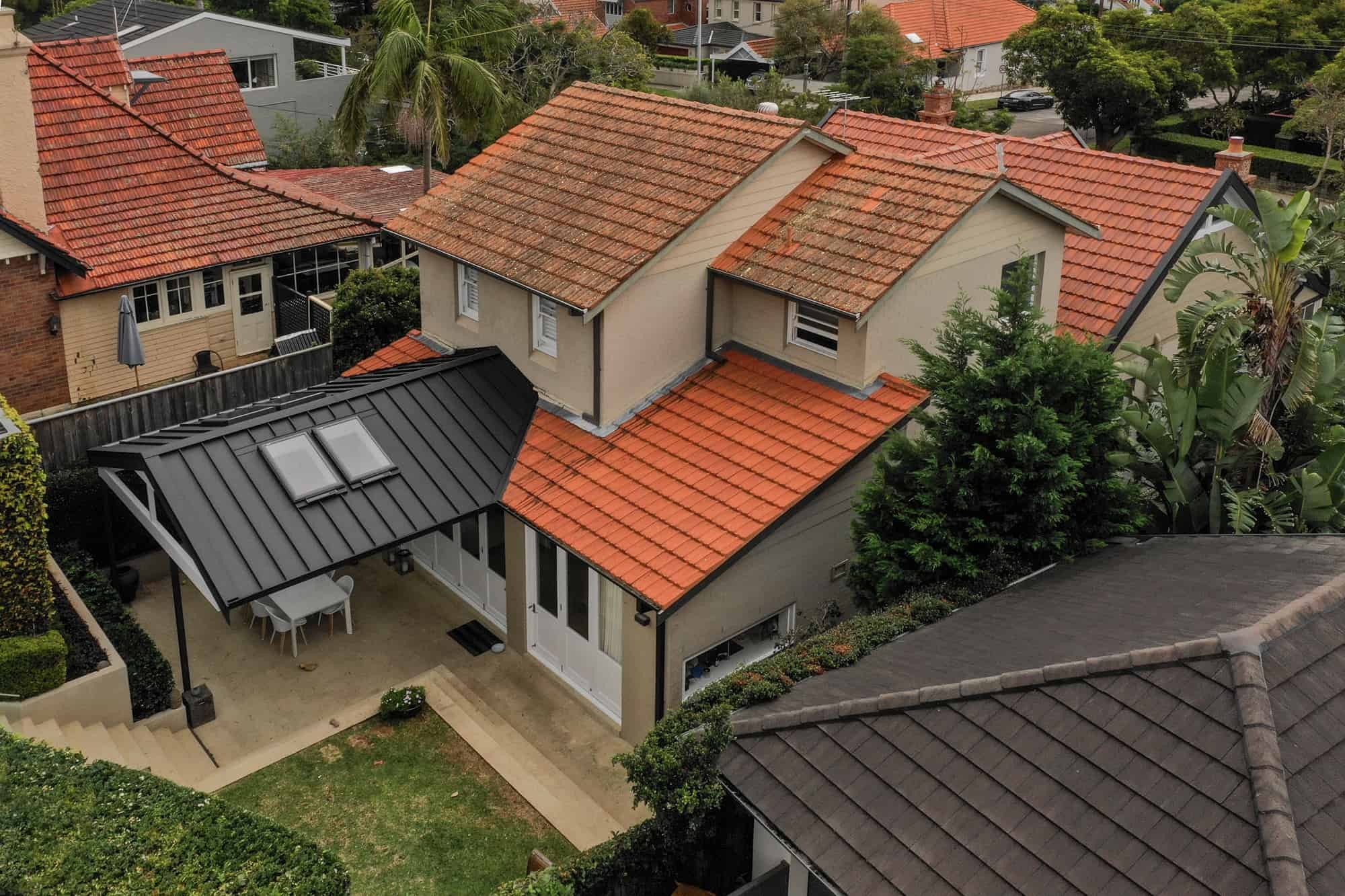 Snap-Line45® Adds a Modern Touch To Outside Area Of Mosman Property