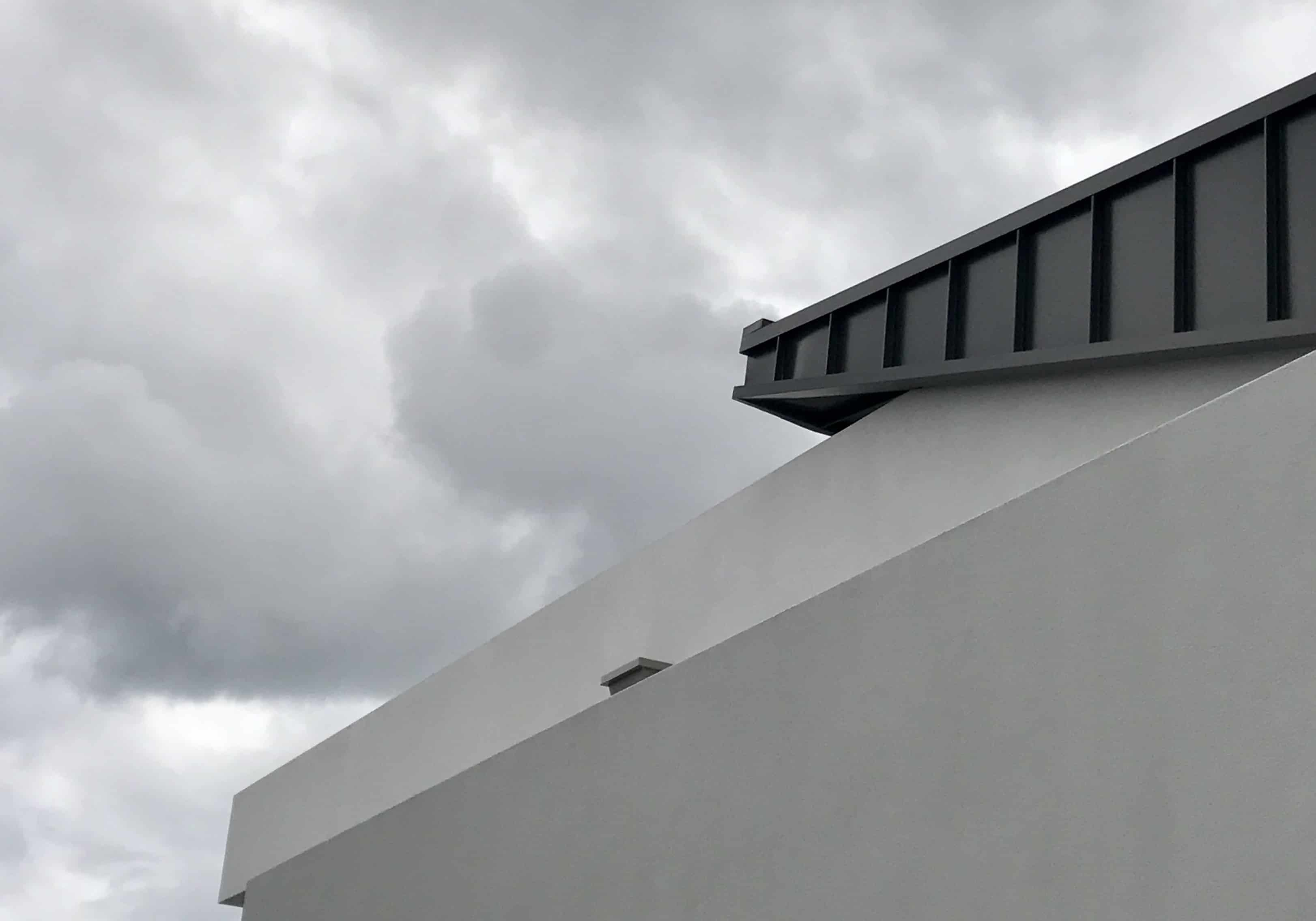 Snapline Roofing Adds Sharp Modern Lines To Homes
